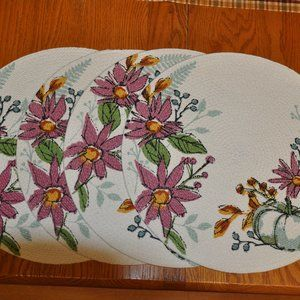 Set of 4 Pretty Kay Dee Designs Round Placemats
